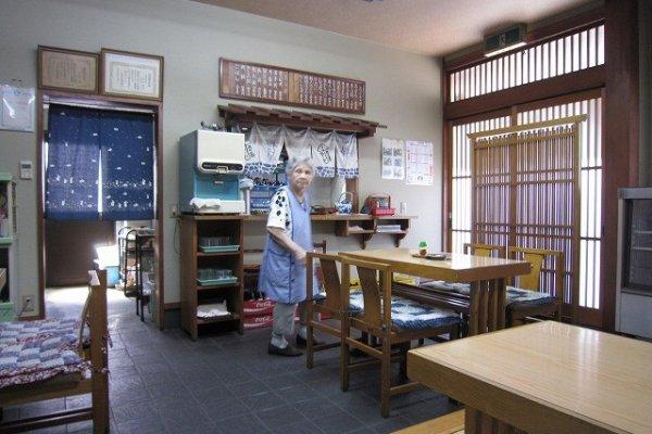 「鳥喜多」支店の店内。おばあちゃん、今もお元気だろうか