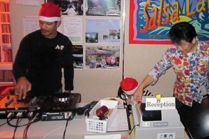 Mr.Miguel E. Martinez performs as DJ. Mr. Yamauchi organizes everything.