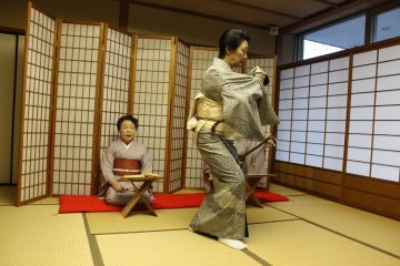 <p>Hipari&nbsp;unveils the end of the year season through the song &#39;&#39;Toshinose&#39;&#39;&nbsp;</p>