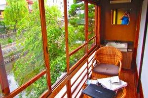 Balkon / ruang terbuka