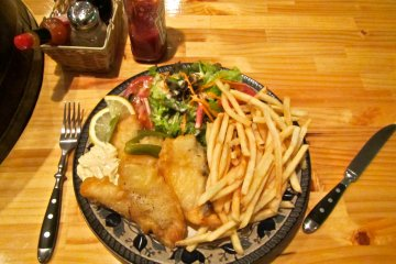 <p>The Kiwi Tavern&#39;s fish n&#39; chips are the best in all Niigata (maybe even Japan)</p>
