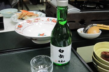 I chose Hakugakusen, one of Fukui's local Sakes