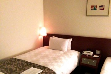 <p>The Superior Room at Karasuma Kyoto Hotel is renovated to a modern style.</p>