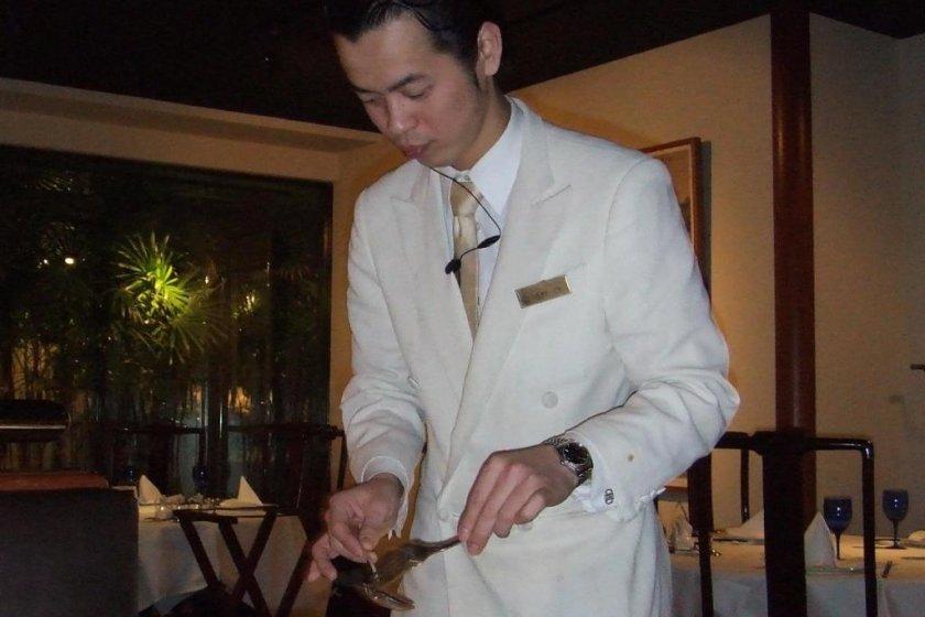 Heichin-ro (聘珍楼) é um dos maiores e mais bem classificados restaurantes chineses na Chinatown de Yokohama.