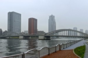 Morning view from the sidewalk of Sumida River