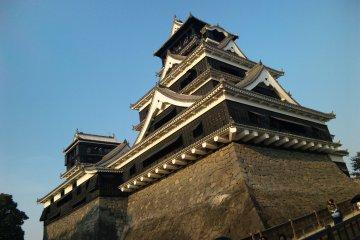 Kumamoto Castle's Micro-Lordship