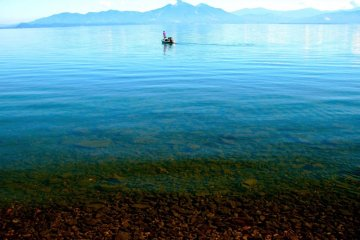 น้ำใสๆ ที่ทะเลสาบอินาวาชิโระ