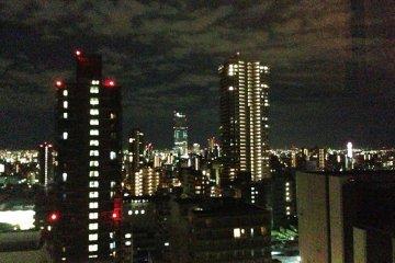 <p>Night Views to Tsutenkaku Tower and Beyond from the Hotel rooms at Sheraton Miyako</p>