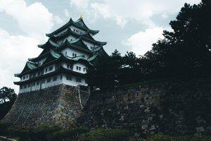 รูปปั้นสถาปนิกคาโต คิโยมาสะ สถาปนิกผู้ออกแบบปราสาทนาโกย่า